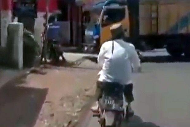 Menolak Dibawa Ambulans, Pria Positif Corona di Garut Pilih Naik Motor ke RS