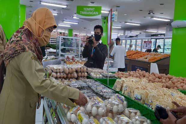 Pastikan Daging Aman, Disnakan Purwakarta Periksa Supermarket