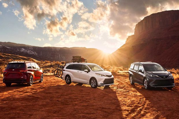 Tongkrongan Lebih Berani, Toyota Sienna 2021 Debut dengan Mesin Hybrid