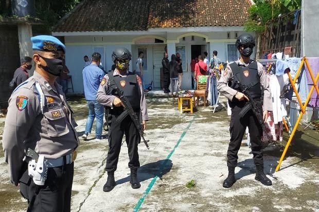 Densus 88 Geledah Perumahan Elite di Kota Tasikmalaya