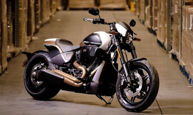 Harley-Davidson FXDR 114 Perkawinan Pesawat Jet dan Dragster
