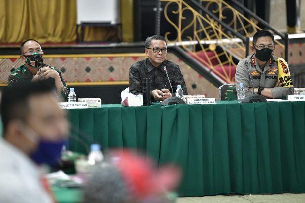 Buka Fasum, Gubernur Nurdin Abdullah Tunggu Kebijakan Pusat