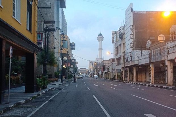 Hujan Ringan Diprediksi Basahi Bandung Raya Siang-Malam
