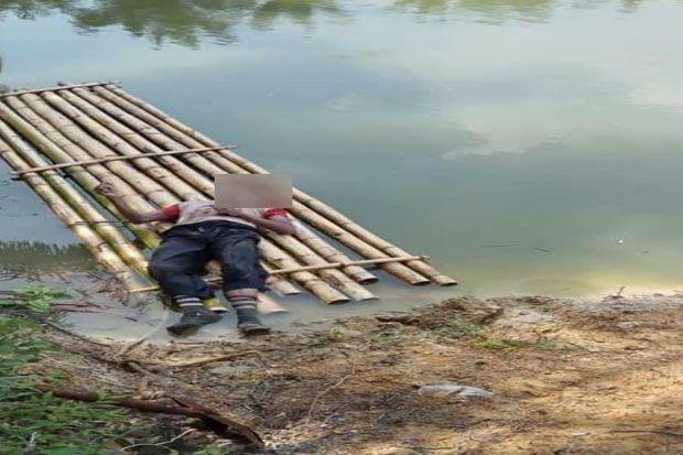 Pencari Brondolan Sawit Ditemukan Tewas Mengapung di Kolam