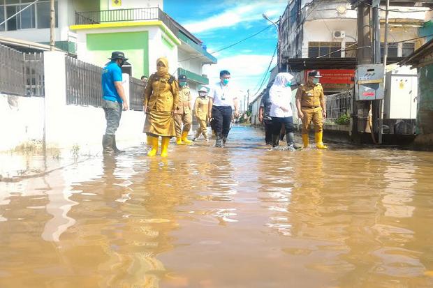 Tanggulangi Banjir, Pemkot Palembang Minta Adanya Perbaikan Drainase