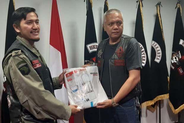 Bikers Brotherhood 1% MC Donasi Ribuan APD dan 1 Ton Beras