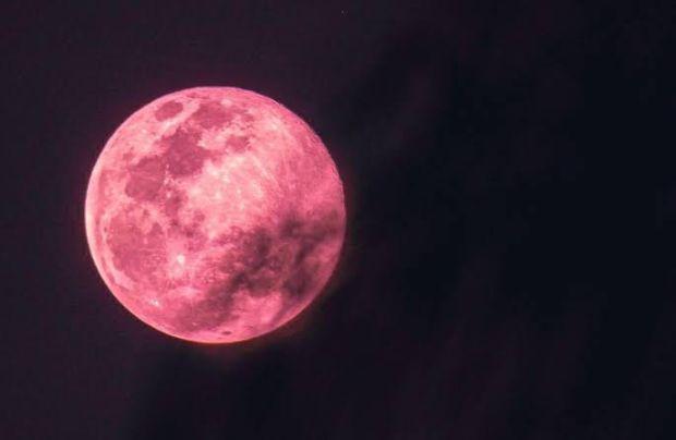 Ini Malam! Dua Fenomena Bulan dapat Dilihat di Langit Indonesia