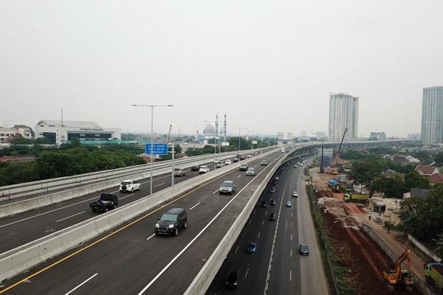 Malam Ini, Jalan Tol Jakarta-Cikampek Elevated Kembali Dibuka secara Bertahap