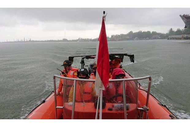 Tim SAR Lanjutkan Pencarian Nelayan Tenggelam di Teluk Penyu Cilacap