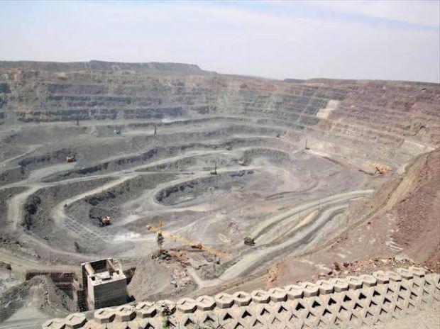 Dibicarakan Luhut dan Prabowo, Produksi Rare Earth Dunia Dikuasai China