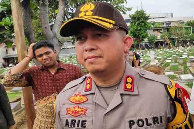 Kapolres Jaktim Janji Tindaklanjuti Tuntutan Massa PDIP Soal Pembakaran Bendera