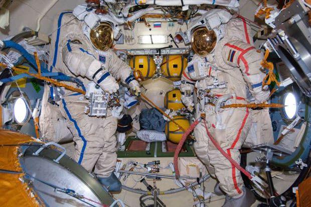 Mau Terbang ke Ruang Angkasa? Siapkan Kocek Anda hingga Rp497 Miliar