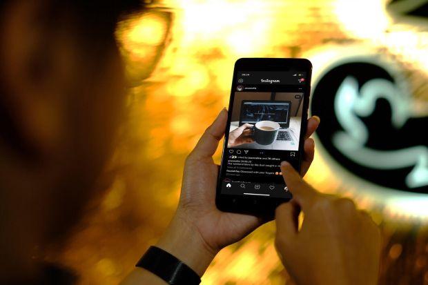 Facebook Menjadi Media Sosial Paling Banyak Diakses Pengguna 3 Indonesia