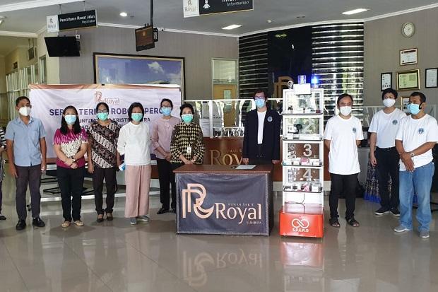 Bantu Pasien COVID-19, RS Royal Surabaya Gunakan Robot Asisten Dokter