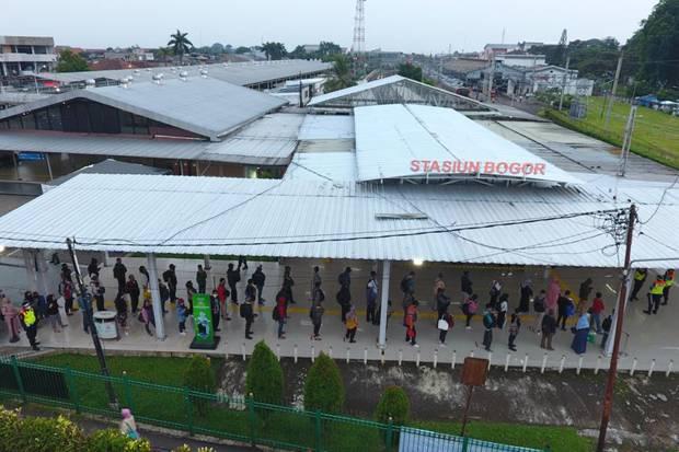 KRL Commuter Line Rawan Persebaran COVID-19, Begini Jawaban PT KCI