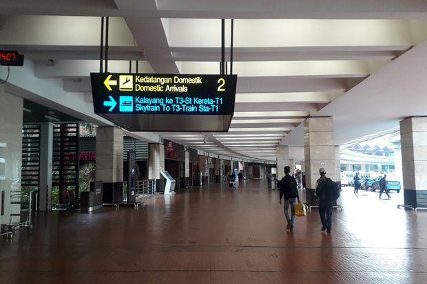 Urus Rapid Test dan Surat Kesehatan, Penumpang Nginap Satu Malam di Bandara Soetta