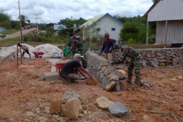 TMMD di Sukamara, Prajurit TNI AD Bangun Pos Terpadu di Sukamara