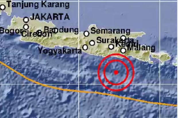 Dini Hari, Gempa Bermagnitudo 5.3 Guncang Malang dan Blitar