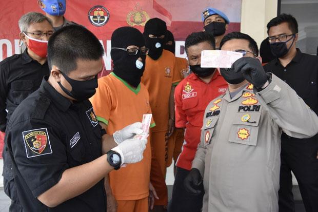 Bongkar Sindikat Peredaran Uang Palsu, Polisi Ringkus 7 Pelaku