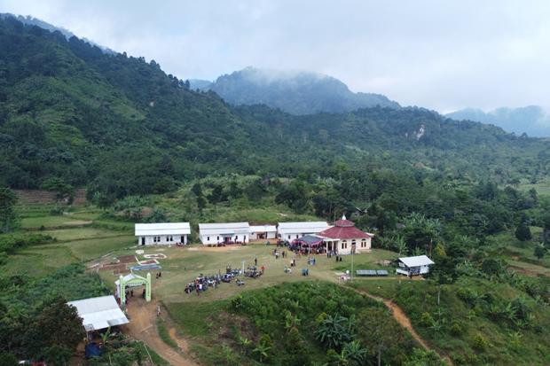 Blusukan ke Pelosok, Bupati Bogor Terhenyak Lihat Perkampungan Ini