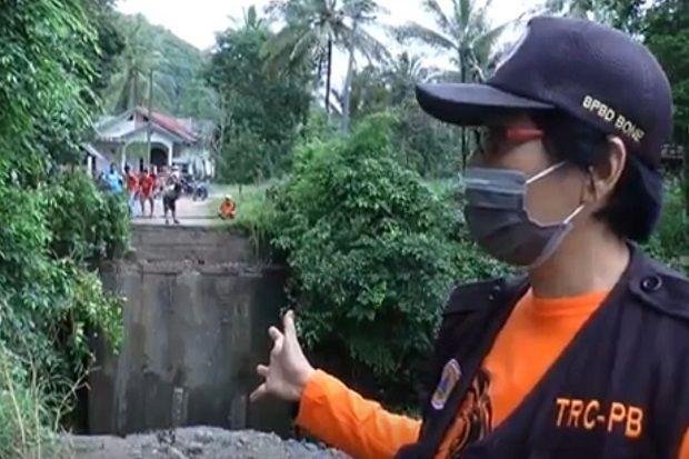 Hujan Deras, Jembatan Penghubung Desa di Bone Ambruk