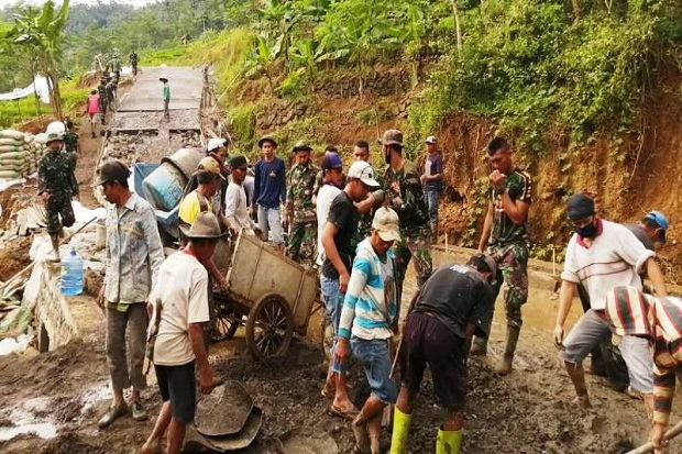 TMMD, Kemanunggalan TNI-Rakyat yang Tak Lekang Oleh Waktu