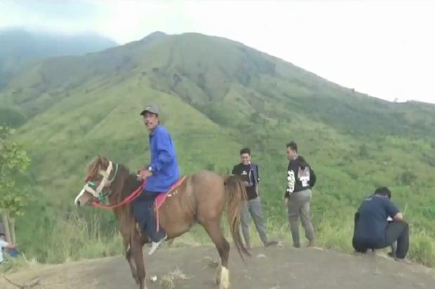 Wisata Bukit Betitang Surga Baru Pecinta Wisata Alam