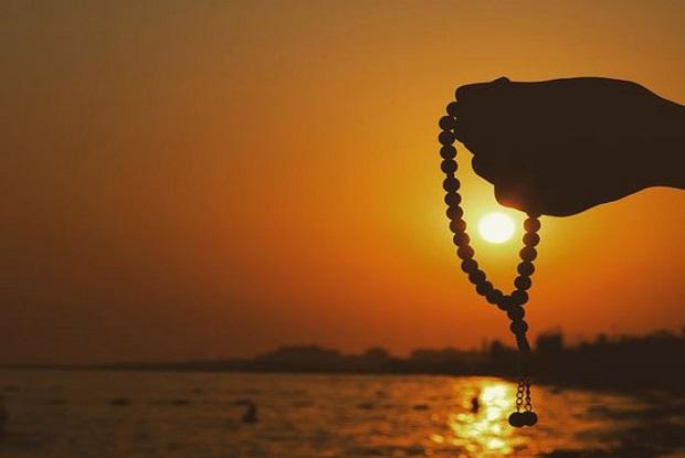 Antara Doa, Zikir dan Wirid, Ini Perbedaannya