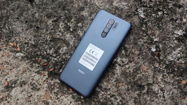 Perbandingan Redmi 9 vs Realme C15, Mana Ponsel Entry Level dengan Quad Camera Terbaik?