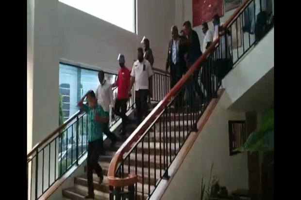 Gempa Guncang Manokwari, Gubernur Papua Barat Dievakuasi dari Hotel