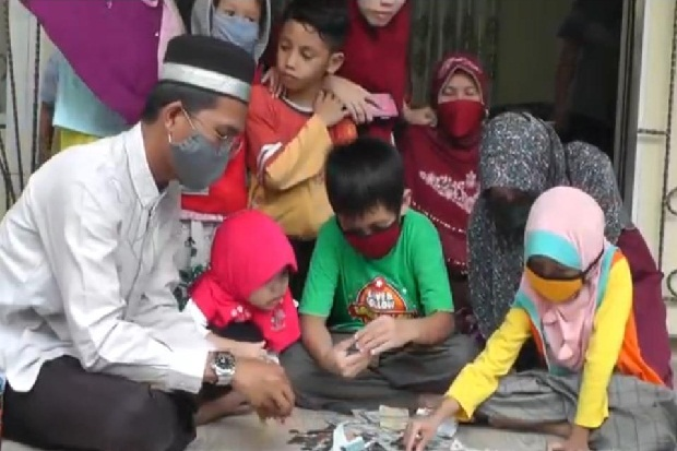 Bocah SD asal Palembang Berkurban dari Hasil Bongkar Celengan
