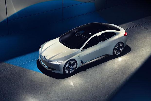 BMW Siap Luncurkan Lima Mobil Listrik Anyar Tahun Depan