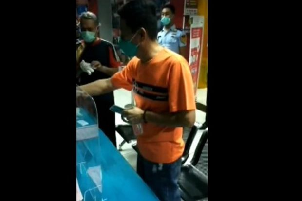 Duh! Teganya Teman Akrab Menipu hingga Rp1 Miliar di Surabaya