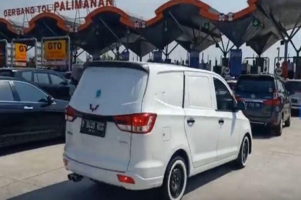 Arus Balik Tol Cipali Padat, Ribuan Kendaraan Antre di Gerbang Tol