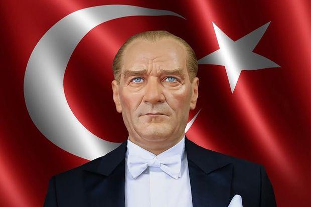 Musthafa Kemal, Boneka Inggris yang Disejajarkan dengan Khalid bin Walid