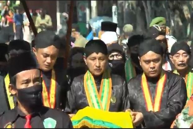 Karomah Pusaka Sunan Kalijaga, Rompi Ontokusumo dan Keris Kiai Carubuk