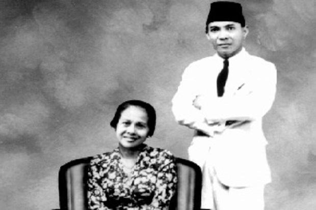 Cinta Inggit Garnasih Antarkan Indonesia ke Gerbang Kemerdekaan