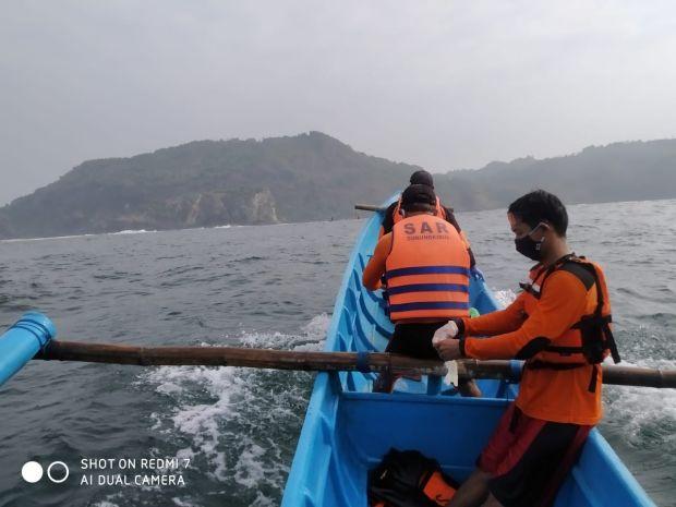 Mayat Mengambang di Pantai Pok Tunggal, Diduga Korban Pantai Gua Cemara