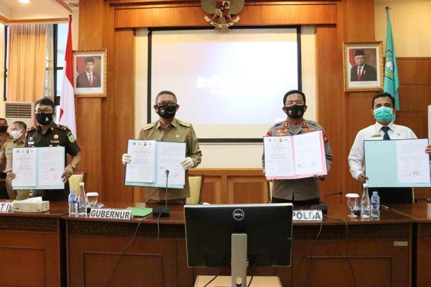Gubernur Kalbar, Kajati, dan Polda Tandatangani Nota Kesepakatan
