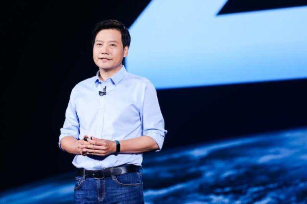 Pidato, CEO Lei Jun Banggakan Ibu-Ibu Indonesia yang Rakit Ponsel Xiaomi