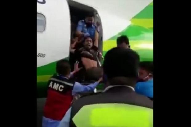 Viral, Pria Gangguan Jiwa Masuk ke Pesawat di Bandara Radin Intan II