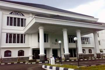 Puluhan Pegawai-Anggota Dewan Positif COVID-19, Gedung DPRD Jabar Lockdown