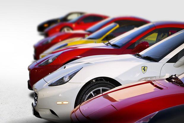 Siap-Siap, Ferrari Akan Hadirkan Supercar Plug-in Hybrid Pertama