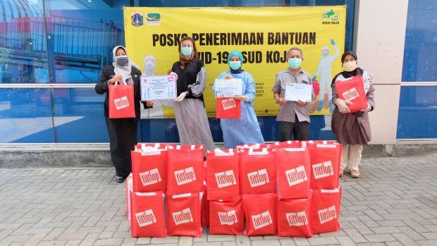 Bantu Tim Medis, Fitflop Indonesia Serahkan Donasi Covid-19