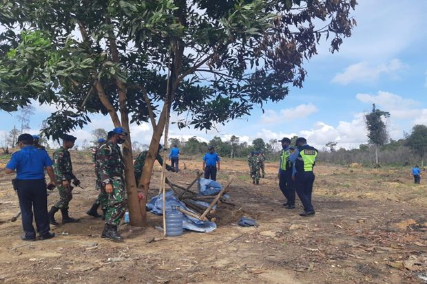 Lanud Hang Nadim Hentikan Pembalakan Liar di KSOP Hang Nadim