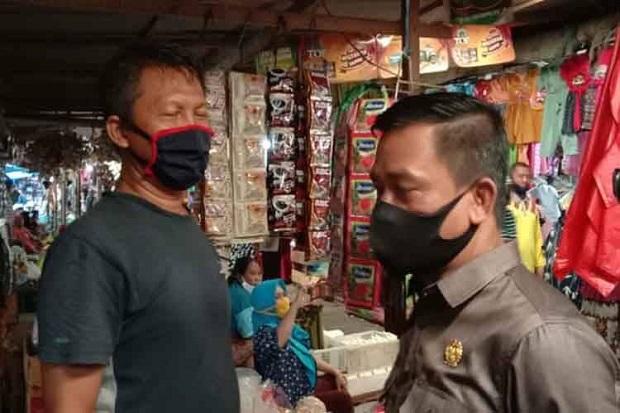 Komisi B DPRD Kobar Tinjau Pasar Indrasari Terkait Pungli terhadap Pedagang