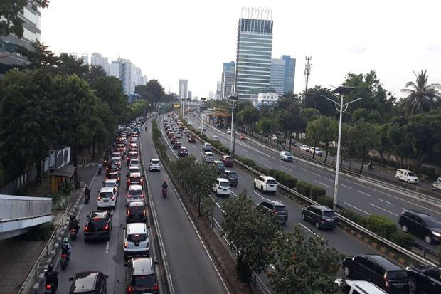 PSBB Ketat, Arus Kendaraan di Jakarta Menurun Drastis