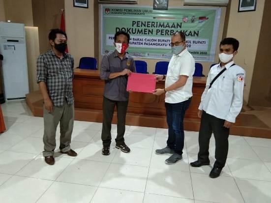 Tim YES SMART Serahkan Dokumen Perbaikan ke KPU Pasangkayu