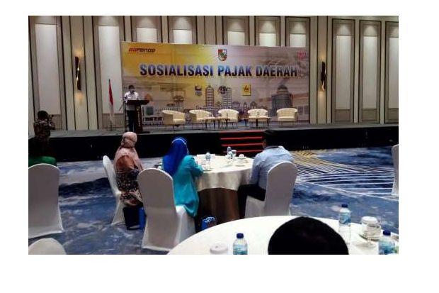 Wali Kota Firdaus Buka Sosialisasi Pajak Daerah
