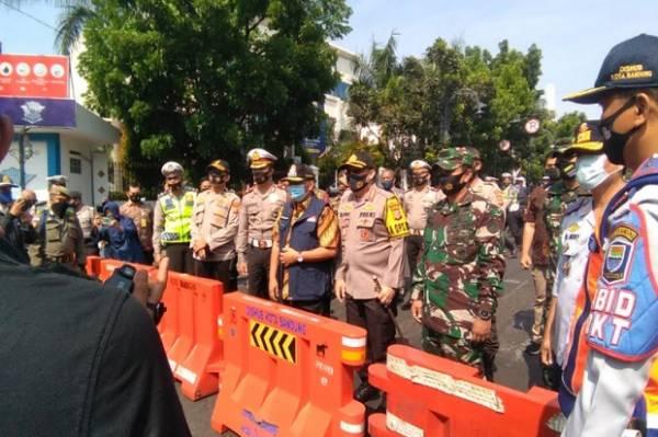 Soal Isu Bandung Ditutup bagi Warga Luar Kota, Kapolrestabes Bandung: Hoaks Itu!